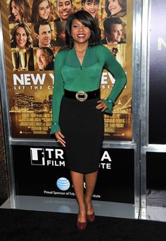 Taraji P. Henson Fitted Blouse - Taraji P. Henson was an emerald sophisticate in a fitted blouse with ruffled sleeves at the New York premiere of 'New Year's Eve.'