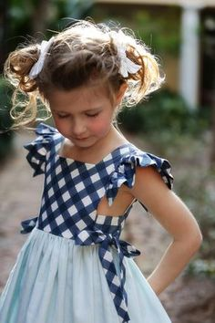 Sewing Dresses Are you are becoming well acquainted with our 2018 Spring Dress Collection yet? There has been so much sharing in. - Are you are becoming well acquainted with our 2018 Spring Dress Collection yet? There has been so much sharing in. Little Girl Dresses, Girls Dresses, Baby Dress Patterns, Sewing Patterns, Skirt Patterns, Coat Patterns, Blouse Patterns, Kids Frocks, Spring Dresses