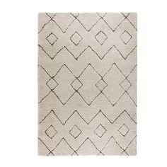The tribal style patterns in a soft shaggy pile will fill living rooms with warmth and create comfort and irresistible texture. With a durable polypropylene pile, Imari Cream rugs are cosy and easy to care for. Tribal Trends, Tapis Design, Fluffy Rug, Hygge Home, Tribal Patterns, Interior Modern, Room Interior, Interior Design, Home Trends