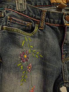 Broderi på kläder. Laga slitna fickor. Embroidery