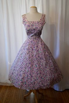Pretty purple vintage frock.