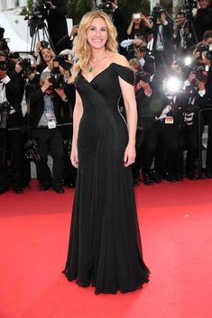 Julia Roberts in custom Armani Privé at the 'Money Monster' premiere during the 69th annual Cannes Film Festival