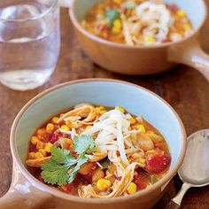 Freezer Meal Idea: This better-for-you #chicken chili makes a perfect dinner to make ahead and freeze for busy nights.