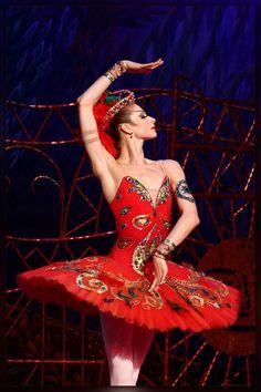 Ekaterina Kondaurova in The Firebird.  Photo by Valeria Komissarova