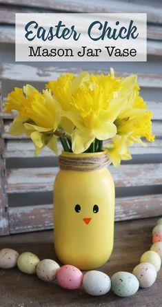 Ideas Holiday Diy Mason Jars Craft Ideas For 2019 Mason Jar Vases, Painted Mason Jars, Mason Jar Crafts, Mason Jar Diy, Mason Jar Painting, Pot Mason, Diy Osterschmuck, Easy Diy Crafts, Recycled Crafts