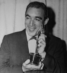 """Anthony Quinn with Oscar for """"Lust for Life"""""""