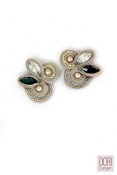 dese202 , des e202 , pink and black earrings , black accent earrings , nude tones earrings , blush tones earrings , off white earrings , bridal earrings , desiree ,