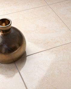 """Revestimento Cerâmico: Ilhéus Bege PEI 4 - 46cm x 46cm / 18"""" x 18"""""""
