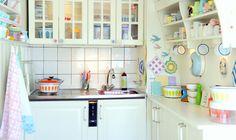 I LOVE THIS KITCHEN! found on annaweinreich.blogspot.fr