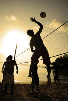 Beach Volley ball! ... One of my FAV games!!!!!!! <3