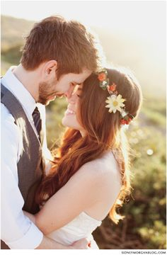 I want my sister to make me a flower crown for my wedding like she did for my birthday ^_^