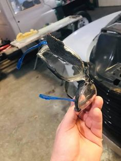 Tagged with wtf, close call, safety first; Reminder: Always wear your safety glasses during Shop Class Safety Pictures, Funny Pictures, Safety Fail, Food Safety, Interesting Gif, Safety Posters, Cute Animal Illustration, Workplace Safety, Safety First