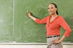 Salario de un profesor con doctorado en las escuelas secundarias públicas de New Jersey | eHow en Español
