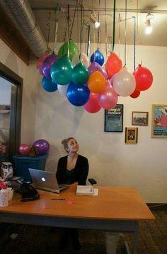 Decoraci n de oficina por cumplea os techi pinterest for Adornos para escritorio de oficina