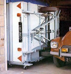 On its side Retro Caravan, Caravan Ideas, Campers, Retro Vintage, Survival, Log Projects, Airstream Trailers, Camper, Camper Trailers