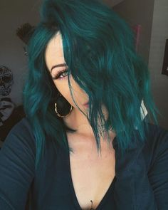 glamorous green hair styles 55 glorious sunset hair color ideas for true romantics Hair Dye Colors, Cool Hair Color, Hair Color Ideas, Crazy Color Hair Dye, Blue Hair Colour, Dark Hair Colours, Creative Hair Color, Green Hair Colors, Different Hair Colors
