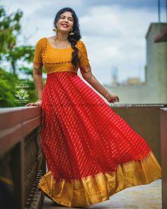 Party Wear Indian Dresses, Indian Gowns Dresses, Girls Dresses, Half Saree Designs, Sari Blouse Designs, Dress Designs, Designer Anarkali Dresses, Designer Dresses, Lehnga Dress