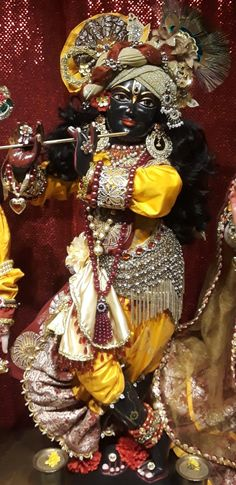 Lord Vishnu Wallpapers, Shree Krishna, Hare, Wreaths, Halloween, Trust God, Beautiful, India, Yellow