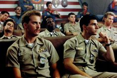 """The movie """"Top Gun"""", directed by Tony Scott. Seen here, in front from left, Anthony Edwards as Lt. Nick """"Goose"""" Bradshaw and Tom Cruise as. Top Gun Film, Top Gun Movie, I Movie, Tom Cruise, Miles Teller, Nicholas Hoult, Pop Culture Halloween Costume, Halloween Costumes, 4th Of July Movies"""