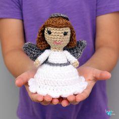 Mini Angel Amigurumi - Free Crochet Pattern All Free Crochet, Love Crochet, Crochet Yarn, Crochet Hooks, Crochet Crafts, Crochet Stitches, Crochet Projects, Crochet Angels, Fabric Wreath