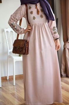 Otantik Tarz Nakışlı Triko Elbise - Eminos Butik | Modo & Tasarım