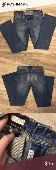 Madewell bootlegger jeans These are very comfortable and are in great condition. Madewell Jeans
