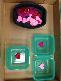 Valentine matching structured tasks! For related pins and resources follow http://www.pinterest.com/angelajuvic/autism-special-needs/