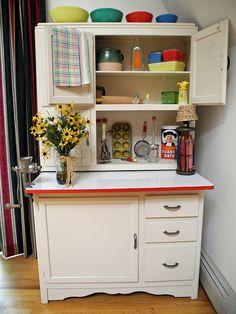 I love Hoosier Cabinets..