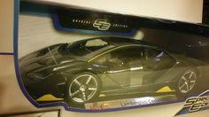 Cool Awesome **BRAND NEW** Maisto 1:18 Scale Diecast Model Lamborghini Centenario (Gray) 2017-2018