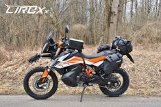 Ktm Adventure, Motorcycle Camping, Touring Bike, Mopeds, First World, Biking, Cars And Motorcycles, Rally, Motorbikes