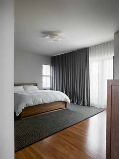 10 Dynamic Tips: Minimalist Interior Design Natural minimalist bedroom closet shelves.Minimalist Home Inspiration Benches vintage minimalist bedroom interior design. Interior Design Minimalist, Minimalist Home Decor, Minimalist Bedroom, Minimalist Makeup, Minimalist Living, Modern Minimalist, Neutral Bedrooms, Gray Bedroom, Trendy Bedroom
