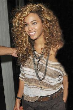 Beyonce...love this hair