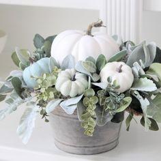 Summer Centerpieces, White Pumpkin Centerpieces, Fall Arrangements, Christmas Greenery, Fall Pumpkins, White Pumpkins, Fall Home Decor, Fall Flowers, Fall Crafts