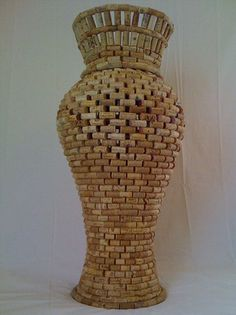 Approx. 1200 corksSize, 40 inches tall, 18 inches wide