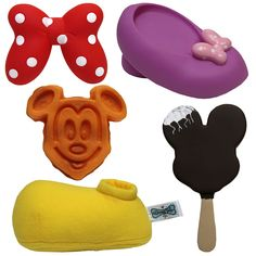 New Disney pet products coming to Disney Parks this spring! We love these!