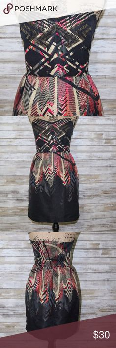 Ecote Urban Outfitters strapless dress sz M Ecote Urban outfitters strapless multicolor print  fitted bodice with stretch back   Sz M  Previously worn  Great Condition Urban Outfitters Dresses Strapless