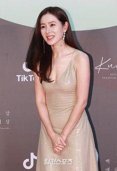 Asian Actors, Korean Actresses, Korean Actors, Actors & Actresses, Beautiful Chinese Women, Most Beautiful Women, Korean Beauty, Asian Beauty, Korean Celebrities