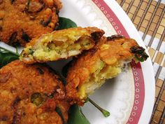 A Bit of This and A Bit of That: Parippu Vada - Lentil Fritters, A Savory Snack from Kerala