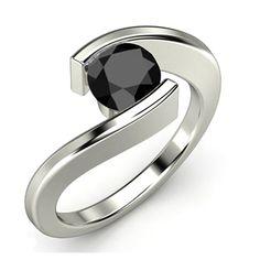 Schwarzer Diamantring - 1.00 Karat - 585er Weißgold ab 1199 Euro bei www.diamantring.be   http://www.diamantring.be/epages/78031000.sf/de_DE/?ObjectPath=/Shops/78031000/Products/1.00SoliSch10GF