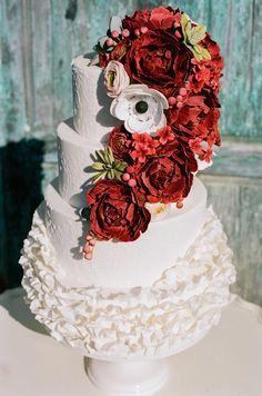 Red and white wedding cake | White Rabbit Studios