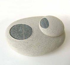 susanna bauer :: climbing :: pebbles, cotton yarn
