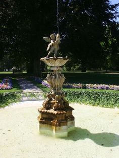 Fountain in the Gardens at Rosecliff Mansion.