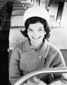 "Jackie Kennedy photographed by Alfred Eisenstaedt; 1960.Later ( First Lady Mrs ~~Jacqueline Lee (Bouvier) Kennedy Onassis ""Jackie"" (July 28, 1929 – May 19, 1994).❤❤❤ ❤❤❤❤❤❤❤  http://en.wikipedia.org/wiki/Jacqueline_Kennedy_Onassis"