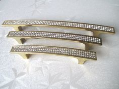 $120.00 (Buy here: https://alitems.com/g/1e8d114494ebda23ff8b16525dc3e8/?i=5&ulp=https%3A%2F%2Fwww.aliexpress.com%2Fitem%2F96-128-160-192-mm-Gold-Crystal-Dresser-Drawer-Pulls-Handles-Knobs-Rhinestone-Glass-Retro-Kitchen%2F32589564785.html ) 96 128 160 192 mm Gold Crystal Dresser Drawer Pulls Handles Knobs Rhinestone Glass Retro Kitchen Furniture Handle Pull Hardware for just $120.00