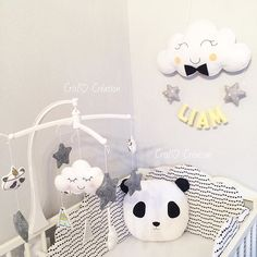 J'ai les meilleurs clientes de toute la planète !  un grand merci pour votre patience! ❤️❤️  #mobile#panda#coussin#felt#feltro#nuage#cloud#bébé#enceinte#grossesse#babylook#babydecor#nursery#nurserydecor#homemade#craft#couture#scandinave#scandinavian#scandinaviandesign#love#pics#maman