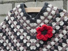 Haak eens een poncho Haak eens een poncho – Made by Jo - Knitting Crochet For Beginners, Crochet For Kids, Diy Crochet, Baby Blanket Crochet, Crochet Baby, Baby Afghans, Knitting Socks, Hand Knitting, Tejidos