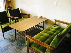 カリモク60: Kチェア、カフェテーブル