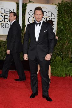 Best Dressed Gents at the Golden Globes Awards  Going back to basics, Chris Pratt looked dapper in this Tom Ford tuxedo.