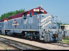 RailPictures.Net Photo: TNER 115 Texas Northeastern Railroad EMD GP7R at Garland, Texas by David Hawkins - KB5WK