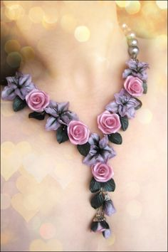 statement necklaces polymer clay with flowers лобук антонина Colar Floral, Polymer Clay Bracelet, Polymer Clay Flowers, Beaded Jewelry Patterns, Statement Necklaces, Jewelry Making Beads, Diy Necklace, Minimalist Jewelry, Handcrafted Jewelry